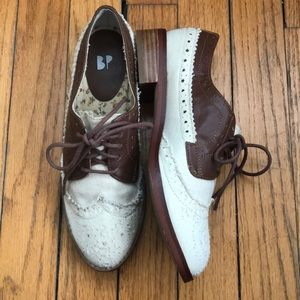 BP Nordstrom: Off White/Brown Oxford Flats